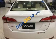 Bán Toyota Vios sản xuất 2018, màu trắng, giá tốt