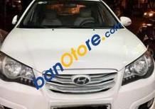 Bán Hyundai Avante năm sản xuất 2012, màu trắng chính chủ