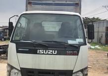 Bán xe Isuzu QKR sản xuất năm 2017, màu trắng, xe nhập