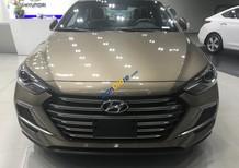 Bán Hyundai Elantra Sport 2018, vàng cát, lãi suất thấp, chỉ cần 140tr
