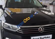 Cần bán xe Volkswagen Passat 1.8 AT năm 2017, màu đen