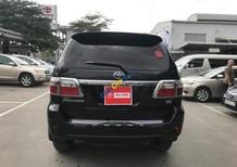 Cần bán xe Toyota Fortuner đời 2018, màu đen