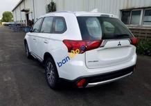 Cần bán xe Mitsubishi Outlander 2.0 CVT năm 2018, màu trắng