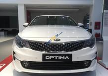 Cần bán xe Kia Optima năm sản xuất 2018, màu trắng, 789 triệu