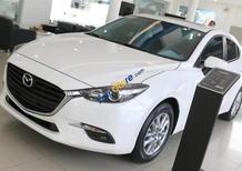 Bán xe Mazda 6 2.0 năm 2018, màu trắng, 819tr