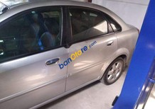 Cần bán xe Daewoo Lacetti năm 2004, màu bạc