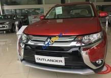 Bán xe Mitsubishi Outlander năm sản xuất 2018, màu đỏ