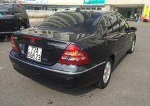 Cần bán Mercedes C200 đời 2002, màu đen số tự động