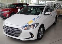 Bán xe Hyundai Elantra đời 2018, màu trắng