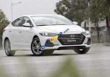 Bán ô tô Hyundai Elantra sản xuất 2018, màu trắng