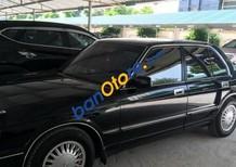 Bán Toyota Crown 3.0 AT năm 1995, màu đen, xe cũ