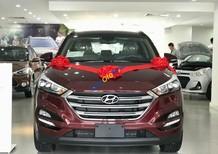 Bán ô tô Hyundai Tucson năm sản xuất 2018, màu đỏ, giá tốt