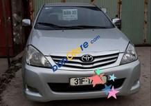 Cần bán Toyota Innova sản xuất năm 2010, màu bạc
