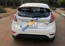 Cần bán gấp Ford Fiesta năm 2016, màu trắng