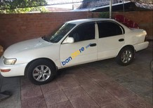 Cần bán gấp Toyota Corolla sản xuất 1994, màu trắng, xe gia đình