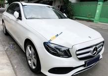 Cần bán Mercedes E250 năm 2017, màu trắng, xe cũ đã đi 16000km