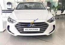 Cần bán Hyundai Elantra 1.6MT sản xuất năm 2018, màu trắng