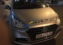 Cần bán xe Hyundai Grand i10 sản xuất 2018, màu bạc xe gia đình