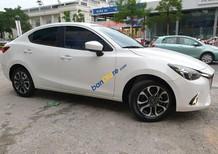 Bán Mazda 2 sản xuất năm 2017, màu trắng số tự động