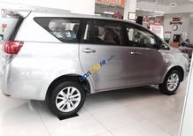 """Toyota Tân Cảng- Innova số sàn - """" Duy nhất trong tuần giảm giá khai niên, tặng thêm quà tặng """" xe giao ngay- 0933000600"""