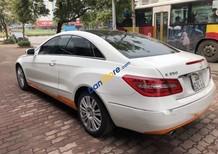 Bán xe Mercedes E350 đời 2010, màu trắng, xe chưa bị tai nạn hay ngập nước gì cả