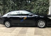 Cần bán lại xe Toyota Camry sản xuất 2014, màu đen chính chủ