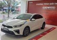 Bán ô tô Kia Cerato 1.6 MT sản xuất năm 2019, màu trắng