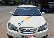 Bán Hyundai Avante đời 2011, màu trắng, sử dụng giữ gìn, cẩn thận