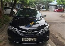 Cần bán lại xe Toyota Corolla altis năm sản xuất 2013, màu đen xe gia đình