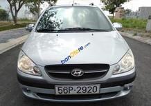 Gia đình bán Hyundai Getz đời 2010, màu bạc, xe nhập