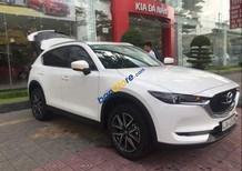 Cần bán Mazda CX 5 2.0 2WD AT sản xuất năm 2019, màu trắng, nhập khẩu nguyên chiếc