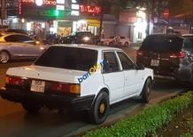 Cần bán xe Nissan Bluebird sản xuất năm 1986, màu trắng, nhập khẩu