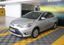 Cần bán gấp Toyota Vios E 1.5AT sản xuất năm 2017, màu bạc, giá tốt