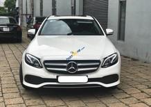 Cần bán xe Mercedes E250 năm 2017, màu trắng
