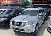 Cần bán Ford Everest năm 2009, màu bạc số tự động