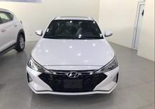 Bán ô tô Hyundai Elantra năm 2021, màu trắng, giá 735tr