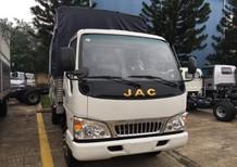 Bán xe JAC HFC sản xuất năm 2017, màu trắng, giá 395tr