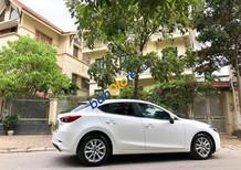 Cần bán gấp Mazda 3 năm 2017, màu trắng số tự động