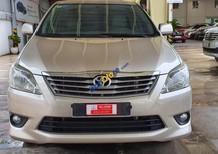 Cần bán xe Toyota Innova G sản xuất năm 2013, màu vàng số tự động, giá 570tr
