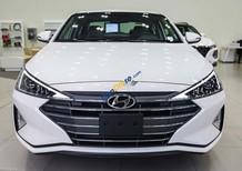 Cần bán xe Hyundai Elantra năm 2019, màu trắng, nhập khẩu, giá tốt