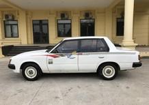 Cần bán gấp Toyota Corona 1.6MT năm 1994, màu trắng, nhập khẩu xe gia đình, giá 35tr