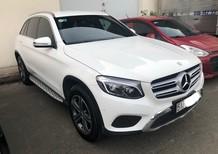 Cần bán lại xe Mercedes GLC250 sản xuất năm 2016, màu trắng