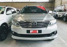 Cần bán Toyota Fortuner 2.7 AT 4x2 năm sản xuất 2015, màu bạc, 790tr