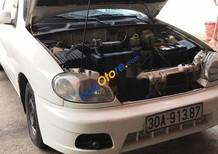 Cần bán Daewoo Lanos năm sản xuất 2002, màu trắng, nhập khẩu nguyên chiếc còn mới