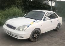 Cần bán xe Daewoo Nubira năm sản xuất 2000, màu trắng