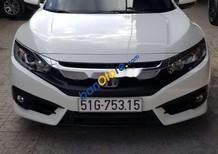 Bán ô tô Honda Civic E sản xuất năm 2018, màu trắng, nhập khẩu xe gia đình