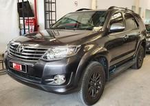Cần bán Toyota Fortuner 2.7V 2015, màu xám, giá tốt