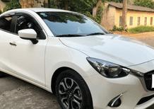 Cần bán lại xe Mazda 2 model 2016, màu trắng nhập thái
