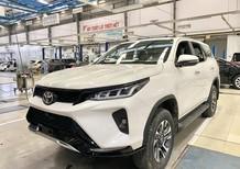 Fortuner mới tại Toyota An Sương, LH em Dương