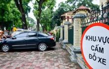 Người tham gia giao thông sẽ bị xử phạt thế nào khi đỗ xe trước cổng trụ sở cơ quan?